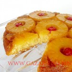 pineapple-upside-down-cake-cut